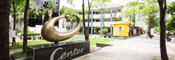 พ.ศ. 2544 : พัฒนาโครงการ U Center